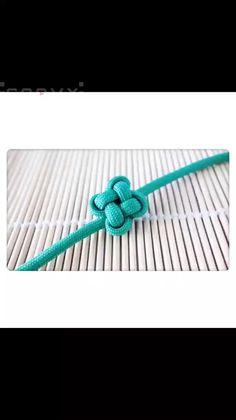Diy Bracelets Patterns, Diy Friendship Bracelets Patterns, Diy Bracelets Easy, Bracelet Crafts, Braided Bracelets, Knots For Bracelets, Macrame Bracelet Patterns, Bracelet Knots, Paracord Braids