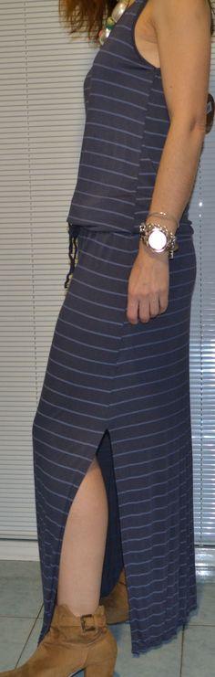 Vestido largo rayas horizontales.