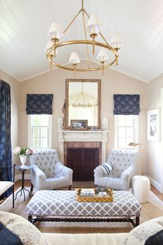 Southampton Cottage Living Room Family Room Great Room Living American Coastal Colonial Cottage Eclectic Farmhouse Rustic by Hernandez Greene Cheap Home Decor, Summer Living Room, Family Living Rooms, Living Room Designs, Cozy Living Room Design, Living Room Seating, Interior Design, Home Decor, Cottage Living Rooms