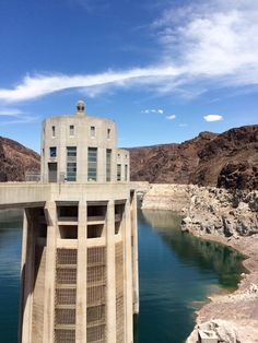The intake towers guide the water to the turbines (you'll be in a pickle if get sucked into one of them) #HooverDam #Arizona #Nevada #USA #RTW #JulesVernex2
