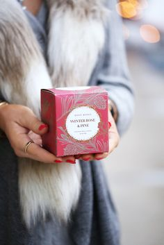 Hilary Kennedy Blog: // Rosy Rings Winter Rose & Pine candle