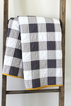 Grey and White Gingham Patchwork Quilt. by craftyblossom on Etsy
