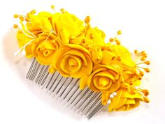 Yellow hair comb, bridal hairpiece, wedding yellow clay flower, bridesmaid hair accesory, flower girl hair flower.