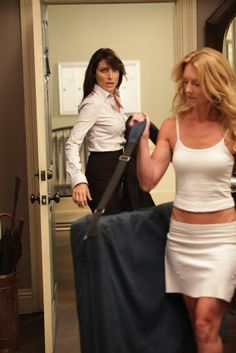Cuddy leaving house's apartment as message therapist (hooker) arrives...