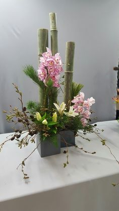 Ikebana, Flower Arrangements, Floral Design, Planter Pots, Vase, Plants, Home Decor, Crochet, Create
