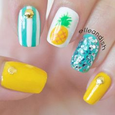 Easy Summer Pineapple Nails ~ Such a cute look! # nails # Nail designs Source by Tropical Nail Designs, Tropical Nail Art, Beachy Nail Designs, Trendy Nail Art, Cute Nail Art, Pineapple Nails, Pineapple Nail Design, Beach Nails, Hawaii Nails
