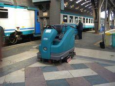 Fregadora Tennant T16ecH2O en la Estación Central de Milan. Menos emisiones de CO2 y ahorro de agua