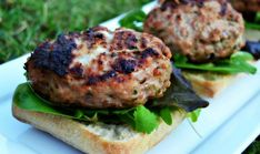 Mozzarella Stuffed Italian Herb Turkey Burgers
