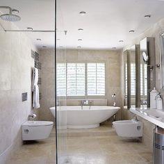 #Modern #bathroom #design with freestanding bath using frameless glass Visit http://www.suomenlvis.fi/
