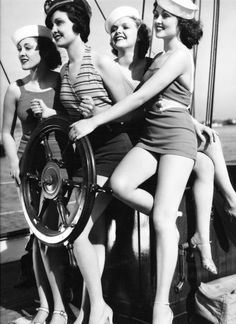 """leilahyams: """" Finalists for the Island of Lost Souls 'Panther Woman' competition, from left to right: Kathleen Burke (the eventual winner), Gail Patrick, Verna Hillie and Lona Andre. Vintage Girls, Vintage Outfits, Vintage Fashion, Vintage Sailor, Vintage Nautical, Nautical Theme, Vintage Photographs, Vintage Photos, Fotos Pin Up"""