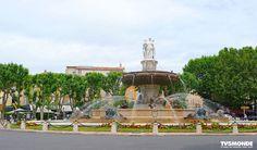 #LaRotonde #Aixenprovence #France  La Rotonde Aix-en-Provence é uma fonte o mais imponente da cidade. Ele tem uma piscina de 32 metros de diâmetro. Várias estátuas estão localizadas ali. Remus 'simboliza a justiça a de Chabaud agricultura e finalmente a de Ferrat representa as Belas Artes. Eles estão cercados por animais e anjos.