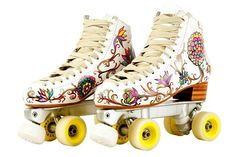 Patines Retro Roller Skates, Quad Roller Skates, Roller Derby, Roller Skating, Skate Party, Skater Girls, Casual Boots, Custom Shoes, Sock Shoes