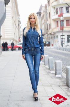 Andreea Balan - Blue is back Cute Beauty, Romania, Celebrity Style, Skinny Jeans, Celebrities, Blue, Fashion, Moda, Celebs
