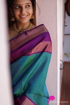 Kanchipuram Silk Sarees Shop in Chennai Indian Photoshoot, Saree Photoshoot, Saree Color Combinations, Saree Poses, Soft Silk Sarees, Cotton Saree, Simple Sarees, Silk Saree Blouse Designs, Saree Trends