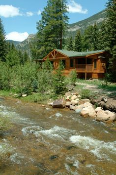 Welcome to The Evergreens on Fall River in Estes Park, Colorado. Come experience the beautiful scenic views of Estes Park from one of our Riverfront Cabins or a secluded getaway at our vacation home. Estes Park, CO is known for its warm, rejuvenating conn Estes Park Colorado Cabins, Estes Park Hotels, Denver Colorado, Colorado Vacation Cabins, Denver City, Colorado Springs, Cabins And Cottages, Log Cabins, Mountain Cabins
