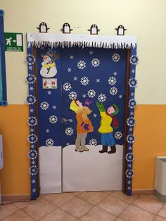 My classroom door decoration in winter. By Giusy Cer