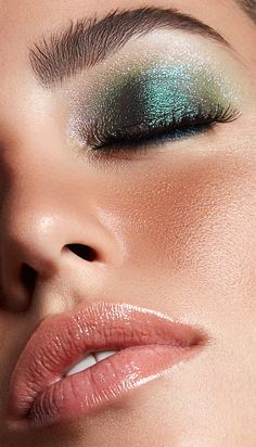 Photographed by Priyanka KirveMake up by Shraddha MishraModel- Daniela Poublan from Toabh Model ManagementRetouched by Alex Brown Most Beautiful Faces, Beautiful Lips, Beautiful Girl Image, Gorgeous Makeup, Makeup Eye Looks, Eye Makeup, Asian Makeup, Makeup Goals, Makeup Inspo