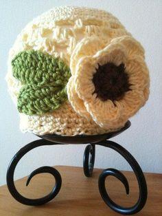 Free Crochet Baby Sunflower Hat Pattern.