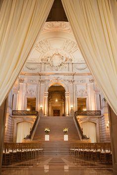 Classic ceremony at San Francisco City Hall. Alicia K Designs. Photography: Vero Suh Photography - verosuh.com