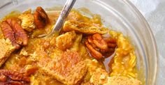 Pumpkin Pie Oatmeal - add more oats and protein powder for yummy healthy breakfast my way :) Pumpkin Pie Oatmeal, Canned Pumpkin, Pumpkin Spice, Pumpkin Puree, Oatmeal Recipes, Pumpkin Recipes, Breakfast Time, Breakfast Recipes, Breakfast Ideas
