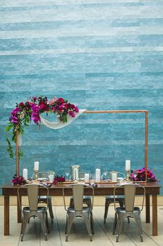 Modern romance, museum wedding, table decoration, metal chairs, purple orchids // Creatrix Photography