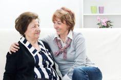 Los cuidadores de personas mayores deben aprovechar el verano para descansar y cuidarse a sí mismos para no enfermar