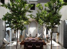 interior-design-decoration-style-valerie-barkowski-patio-1