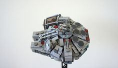 Lego Falcon, Lego Challenge, Lego Models, Lego Stuff, Millennium Falcon, Lego Creations, Lego Star Wars, Legos, Starwars