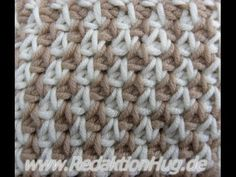 Tunisian Crochet - houndstooth pattern with twisted knit stitch (IN GERMAN - If you are familiar with Tunisian Crochet you can watch this video to learn this stitch... The video is very good... Deb)