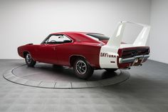 """americanmusclepower: """" 1969 Dodge Charger Daytona Read full article here """" Dodge Muscle Cars, Old Muscle Cars, American Muscle Cars, 1969 Dodge Charger Daytona, Dodge Daytona, 70s Cars, Charger Rt, Mopar, Dream Cars"""