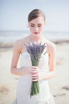 Spring is not so far, and I even feel its fresh spirit. Lavender or lilac are very gentle and cool colors for a spring or summer wedding, they are so beautiful and tender! Just imagine a pastel lavender wedding dress. Lavender Wedding Dress, Lavender Bouquet, Summer Wedding Bouquets, Diy Wedding Bouquet, Wedding Dresses 2014, Lavender Bridesmaid, Wedding Summer, Lavender Flowers, Pretty Flowers