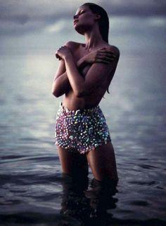 Vogue ♥Manhattan Girl