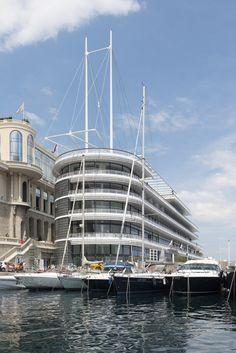 Yacht Club de Monaco / Foster + Partners