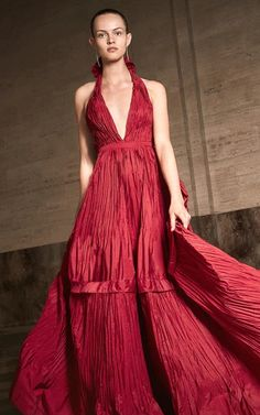 Get inspired and discover Alexis Holiday Capsule trunkshow! Shop the latest Alexis Holiday Capsule collection at Moda Operandi. Frou Frou, Daily Fashion, Editorial Fashion, Women Wear, Style Inspiration, Gowns, Formal, Collection, Shopping