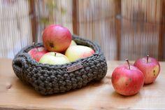 Čtvercový+košíček+na+jablíčka+Zelený+košíček+s+oušky+k+dekoraci+na+stůl+nebo+do+koupelny.+Velikost+18+x+18+cm