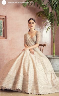 Indian Gowns Dresses, Indian Fashion Dresses, Dress Indian Style, Indian Designer Outfits, Designer Party Wear Dresses, Wedding Lehenga Designs, Designer Bridal Lehenga, Bridal Lehenga Choli, Indian Bridal Outfits