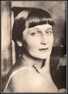 #AnnaAkhmatova (1889-1966), Russian poet and the subject of paintings by #NathanAltman.