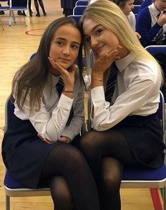 School Uniform Outfits, School Uniforms, Private School Girl, Girls Boarding Schools, School Girl Dress, Little Girl Models, Schoolgirl Style, Girls Uniforms, Sexy Teens