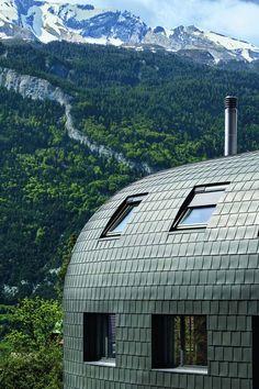 Haus mit #Zinkdach und #Zinkfassade. Quelle: Rheinzink