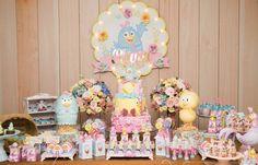 A galinha mais fofa de todas passou por aqui!!❤❤❤ E nós ficamos ainda mais apaixonadas por ela … 2nd Birthday, Birthday Parties, Candy Colors, Cake, Party, Instagram, Candy Table, Industrial Kids Decor, Ideas Party