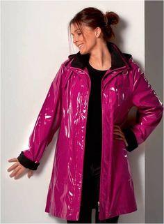 Raincoats For Women Yellow Pink Raincoat, Raincoat Jacket, Hooded Raincoat, Rain Jacket, Rain Fashion, Rainy Day Fashion, Latex Fashion, Vinyl Skirt, Pvc Coat