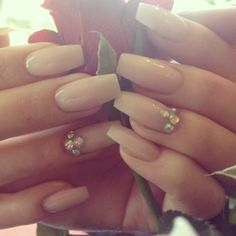 wedding nails. Pinterest: ♚ @RoyaltyCalme †