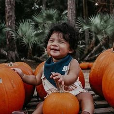 First time at the pumpkin patch 🍂⠀⠀⠀⠀⠀⠀⠀⠀⠀ ⠀⠀⠀⠀⠀⠀⠀⠀⠀