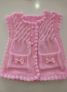 Hairstyle Model Baby Girl Vest Construction – nurhan – Join in the world of pin Baby Cardigan Knitting Pattern, Vest Pattern, Baby Knitting Patterns, Knitting Designs, Free Knitting, Knit Cardigan, Baby Girl Vest, Knit Baby Dress, Baby Pullover