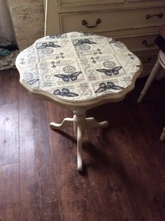 Decoupage table  for outdoor dining table  DIY plumbing pipe table