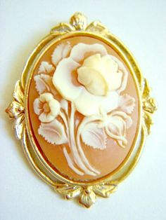 WHITING & DAVIS Fabulous Oval Gold Rose Carved Shell Cameo Pendant