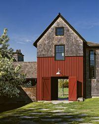 Imagine driving a carriage thru this lovely barn.   Massachusetts: Albert, Righter & Tittmann: Stable House