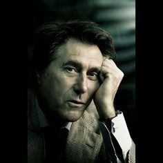 Bryan Ferry manages to both look his age and look completely smokin' hot all at once.