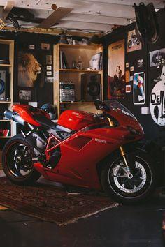 Ducati 1198 SP Vintage Bikes, Retro Vintage, Ducati 1198s, Sportbikes, Scrambler, Alfa Romeo, Bobber, Cars And Motorcycles, Motorbikes