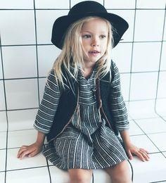 Vestido raya tejida-ÚLTIMA SEMANA-BEBE NIÑA   3 meses-4 años-NIÑOS   ZARA España